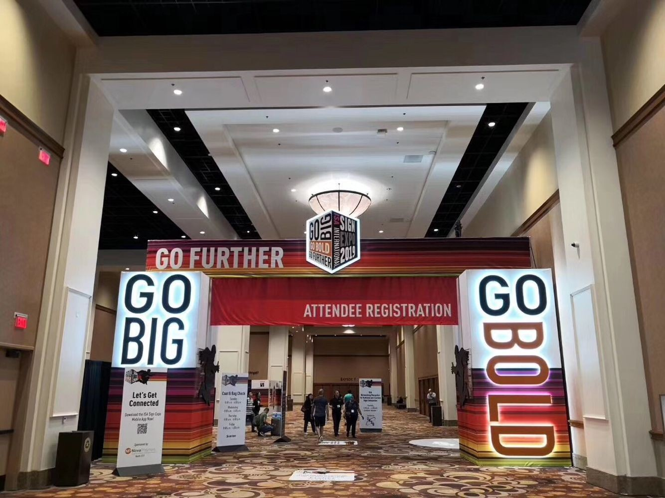 GO FURTHER! GO BIG! GO BOLD! ISA SIGN EXPO