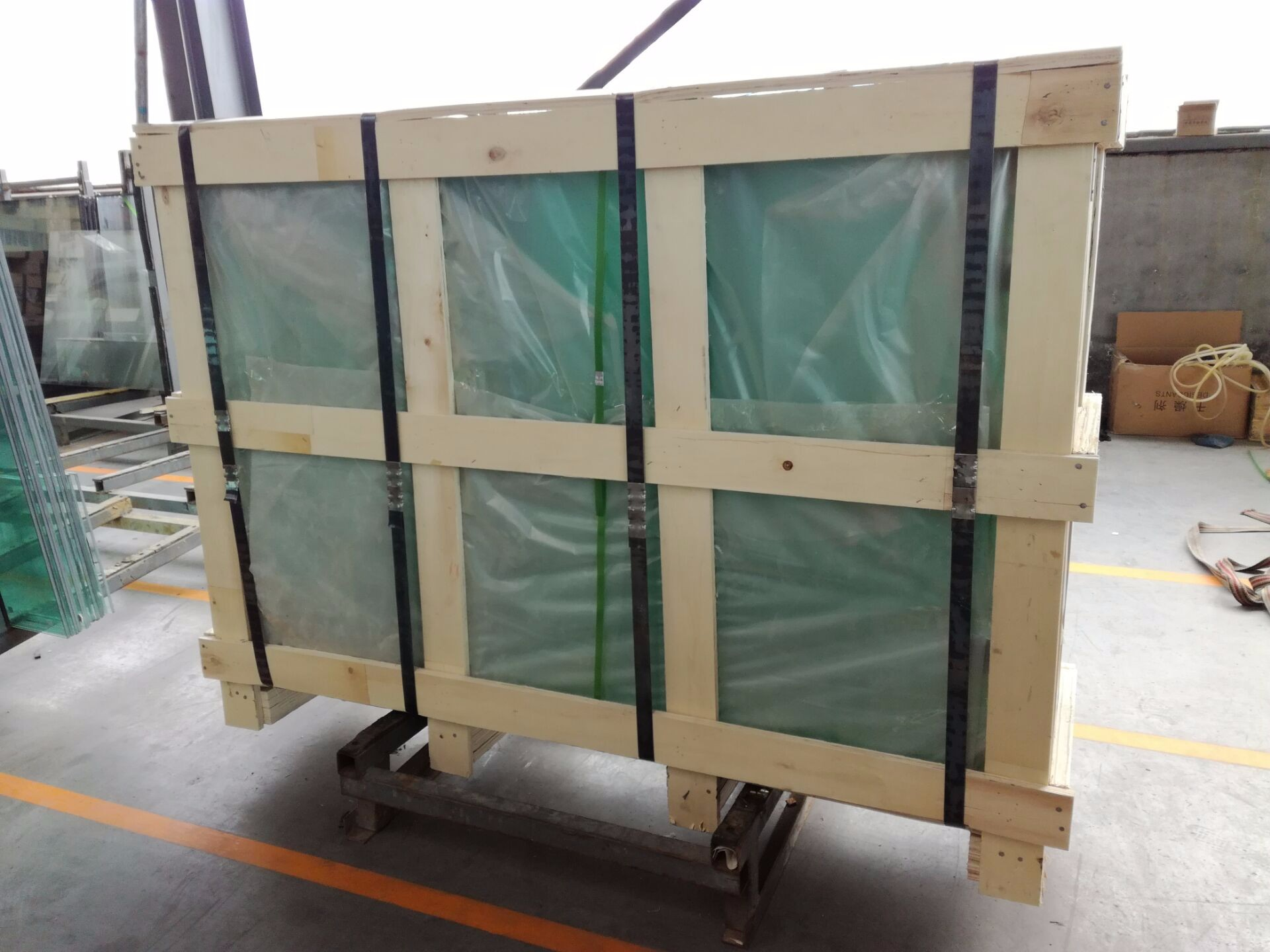 Clear Tempered Glass Manufacturers, Clear Tempered Glass Factory, Clear Tempered Glass