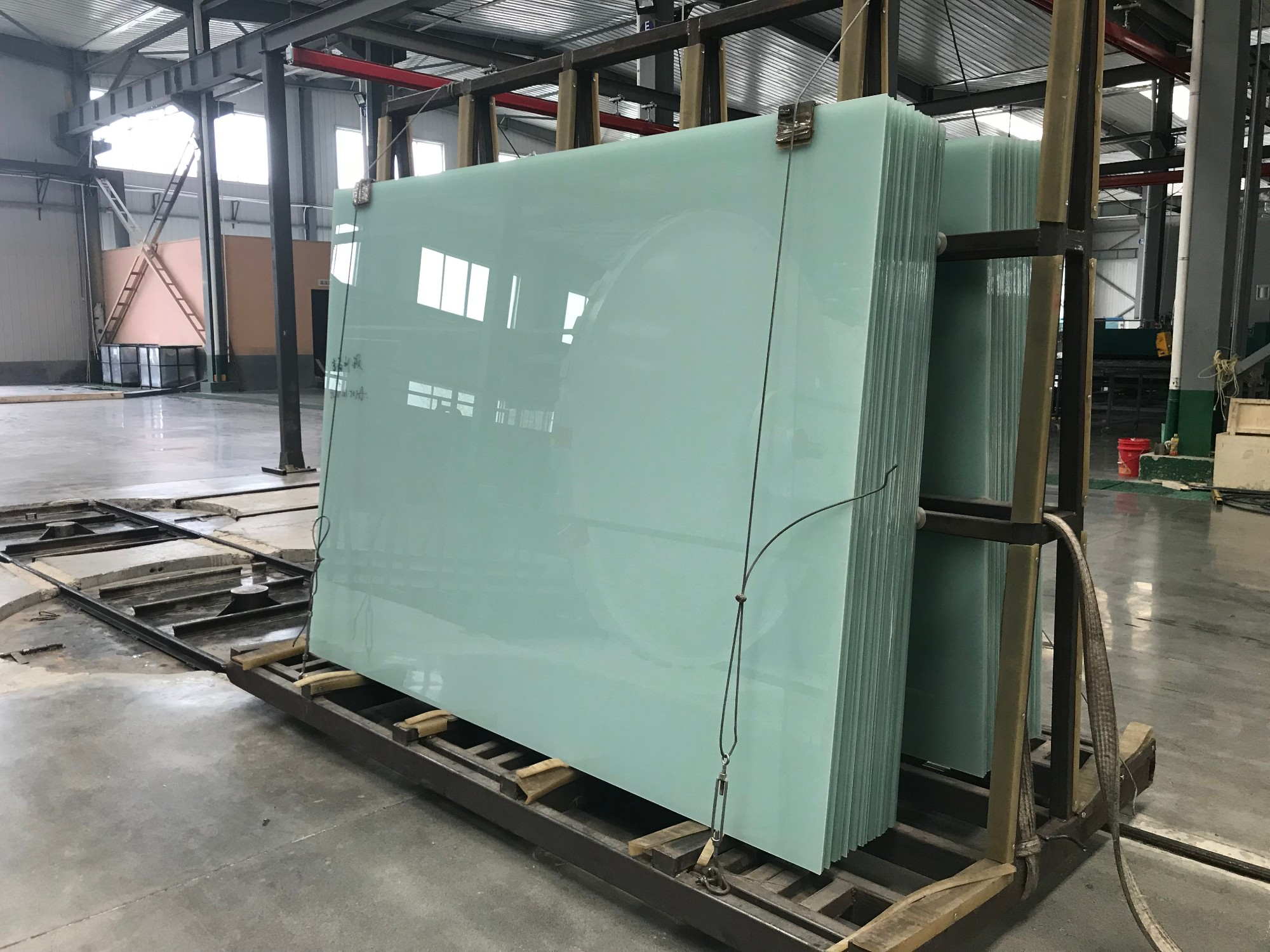 Colored Float Laminated Glass Manufacturers, Colored Float Laminated Glass Factory, Colored Float Laminated Glass