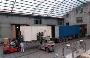 Loading 200-250kg/h puffed snack food machine line to Afghanistan