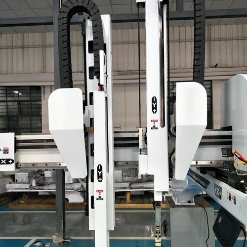 Five Axis Servo Robot
