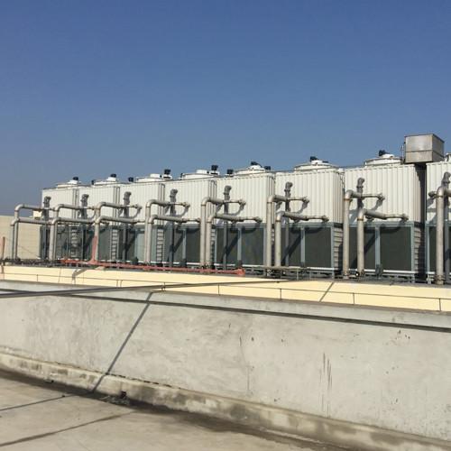 塗りつぶしの逆流の冷却塔が付いているFRPのステンレス鋼のコイル