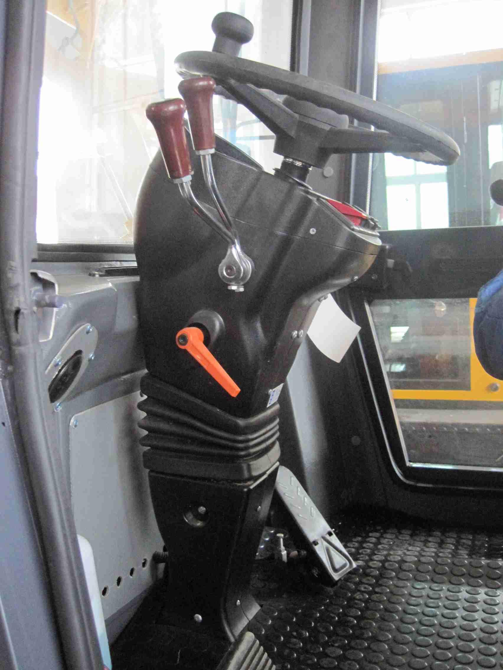 驾驶室 cab (2).jpg