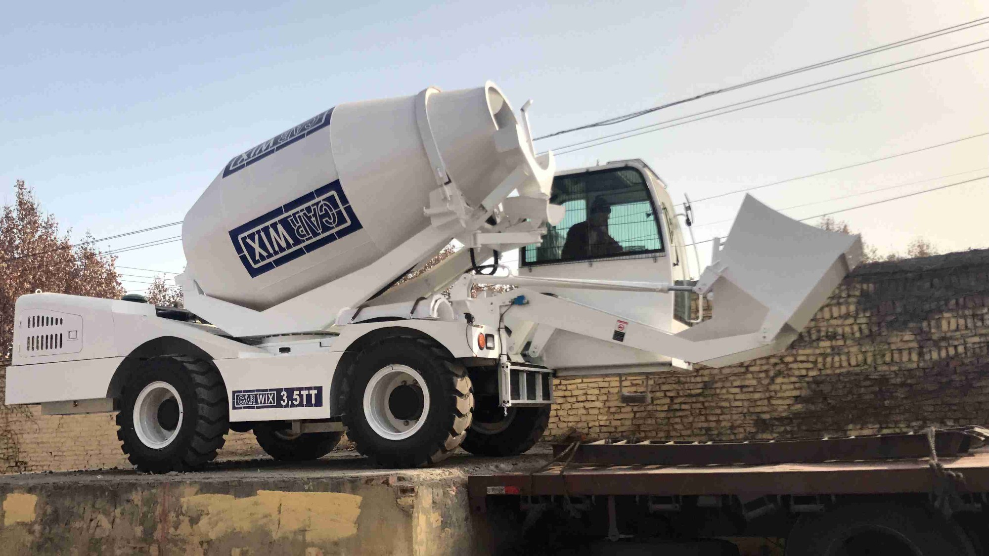 Sales Rotating Drum Cement Mixer New Self Loading Mobile Concrete Mixer, Buy Rotating Drum Cement Mixer New Self Loading Mobile Concrete Mixer, Rotating Drum Cement Mixer New Self Loading Mobile Concrete Mixer Factory, Rotating Drum Cement Mixer New Self Loading Mobile Concrete Mixer Brands