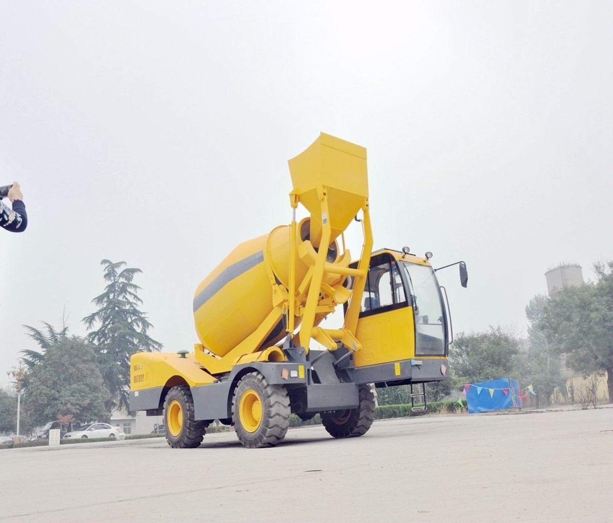 Sales Self Loading Mobile Concrete Mixer, Buy Self Loading Mobile Concrete Mixer, Self Loading Mobile Concrete Mixer Factory, Self Loading Mobile Concrete Mixer Brands