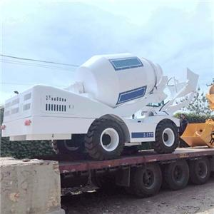 4M3 Self-loading Concrete Mixer Truck With 125 HP Engine