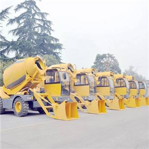 4.M3 Bratch Self-loading Concrete Mixer