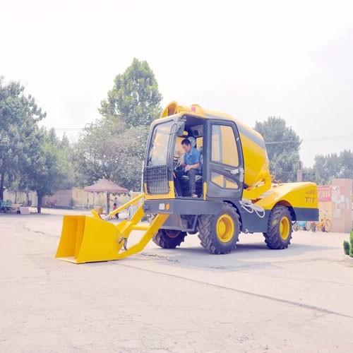 3.5 M3 Diesel Mobile Self-loading Concrete Mixers Truck