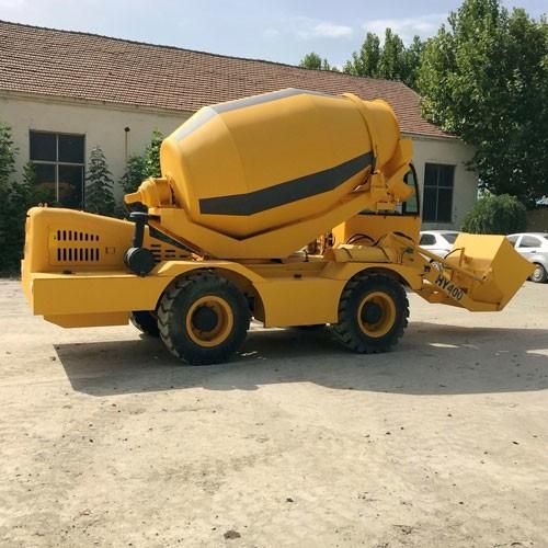 Self Loading Concrete Batching Vehicles