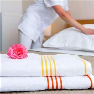 What service details should hotels pay attention to?