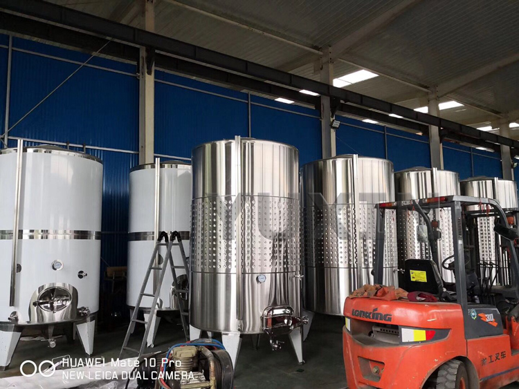 jacketed tank,stainless steel jacketed tank,stainless steel tank with dimple jacket