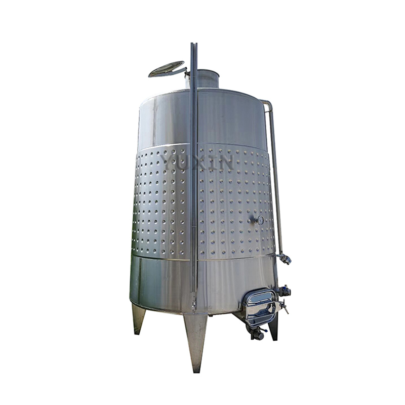 Rezervorul pentru fermentarea vinului
