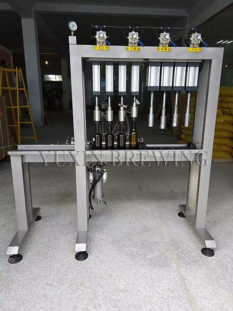 beer bottle capping machine