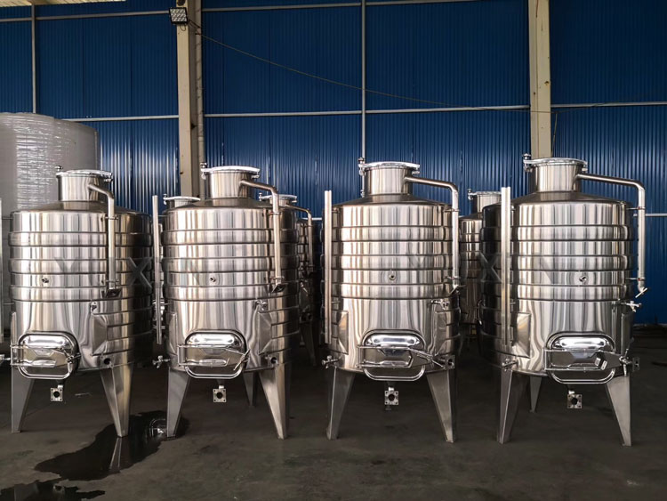 wine brewing equipment