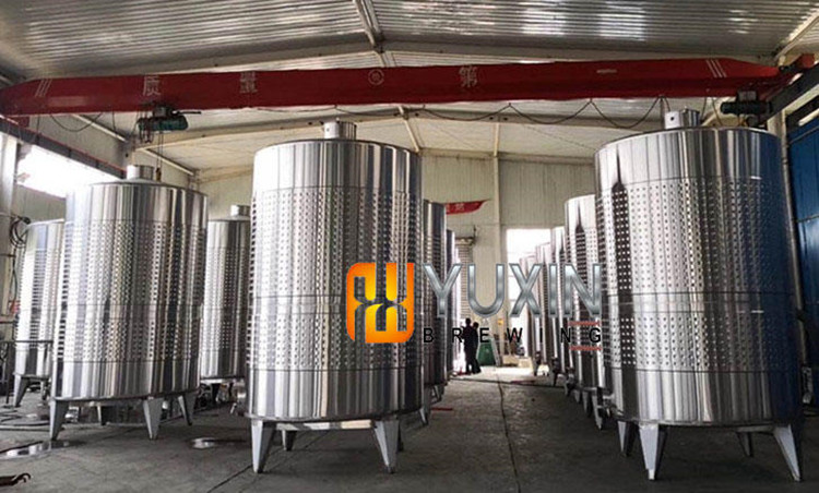 wine fermenting tank