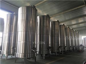 tanque de fermentación de vino