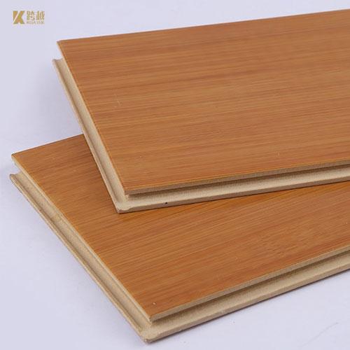 Pavimentazione in plastica di legno