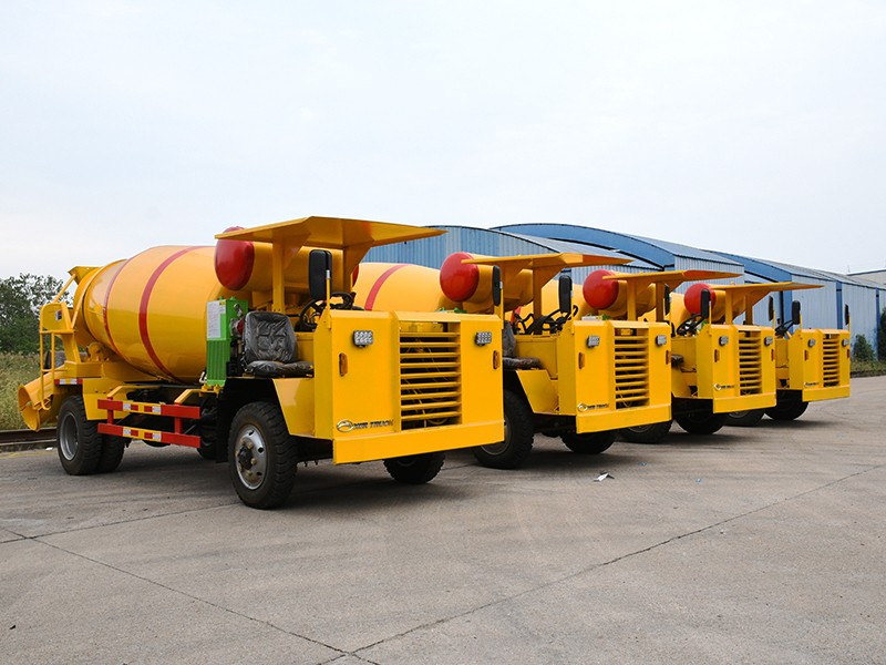 【Oct 20th,2020】To Nepal- 4 Units Tunnel Mixer Truck