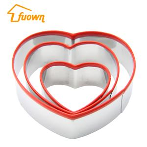 Stainless Steel Heart Shape Cookie Cutter With Silicone Edge