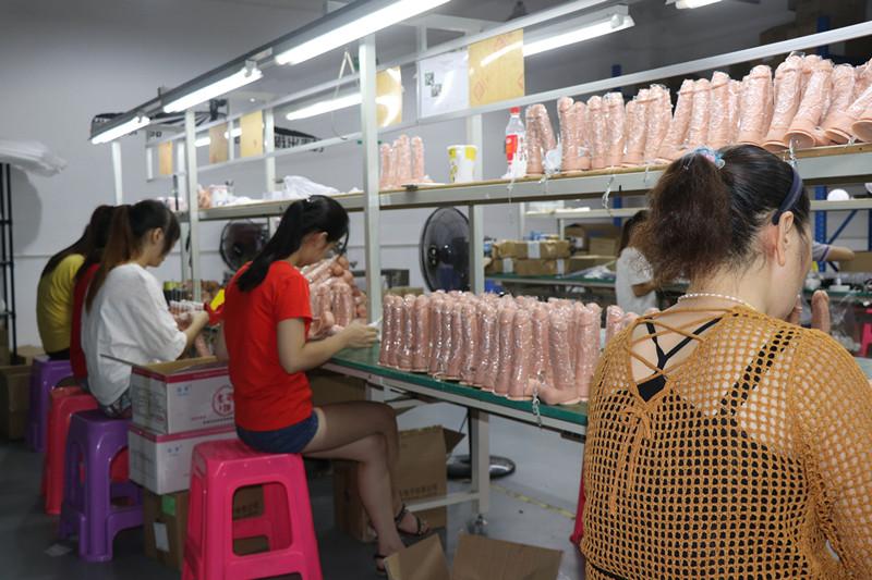 xise toys factory shop (3).JPG